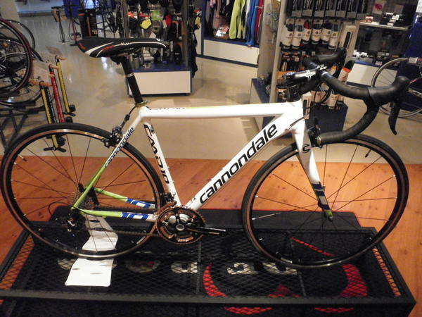 2012 Cannondale CAAD10 入荷