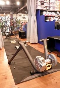 ローラー台で室内トレーニング!