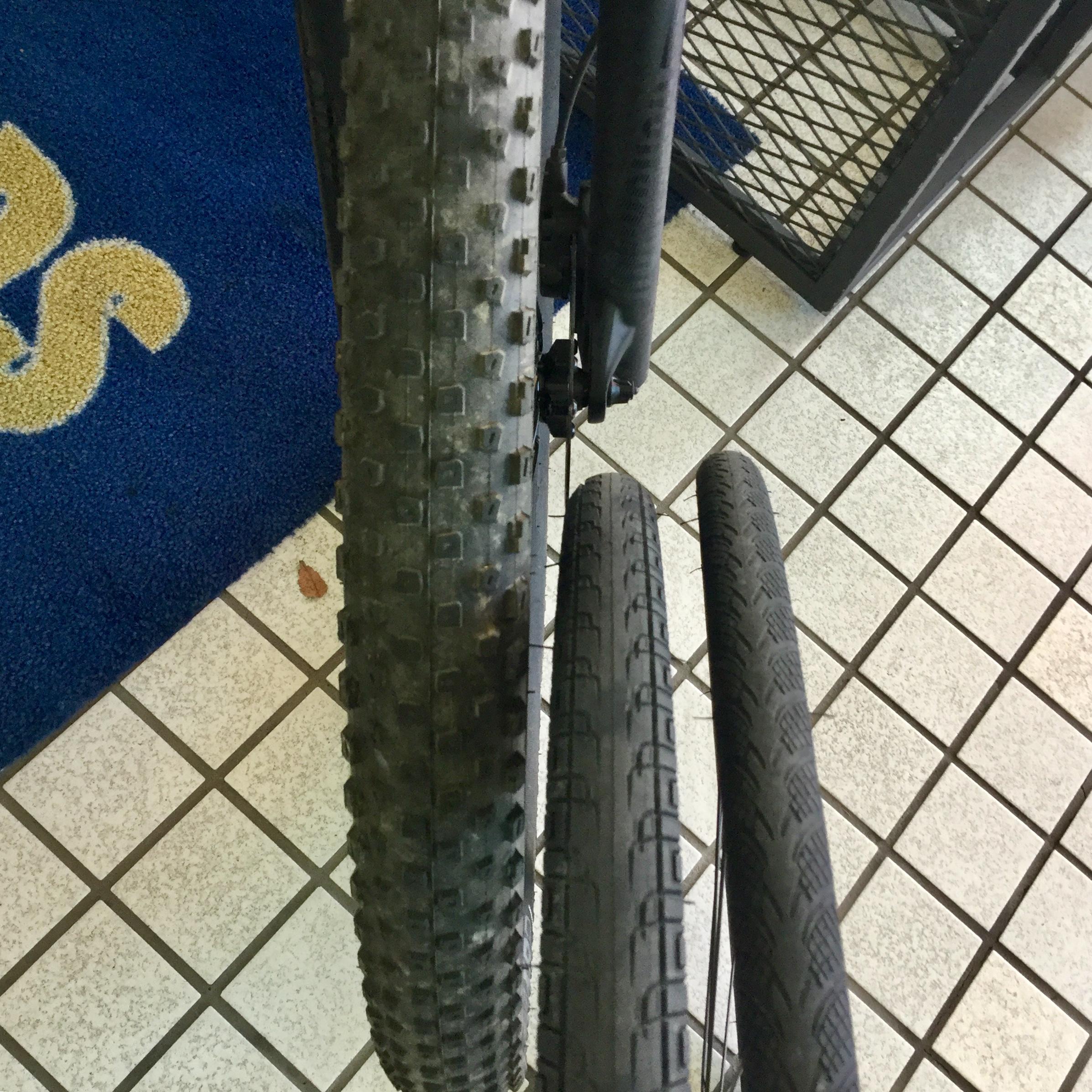 マウンテンバイク タイヤの太さ 比較
