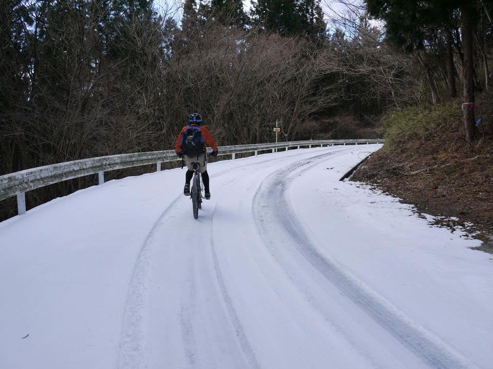 雪の時期にマウンテンバイク!