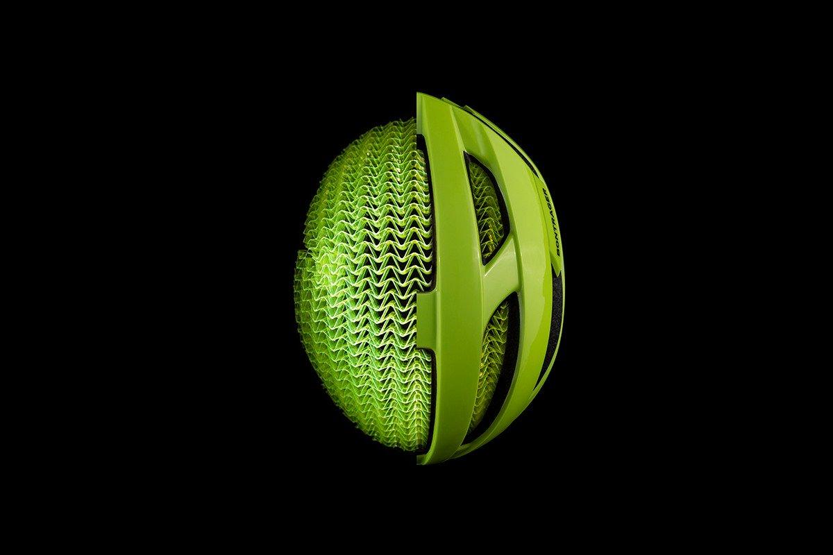 TREKトレック WaveCel新型ヘルメット登場。
