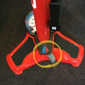 BONTRAGERの空気入れDual Charger Floor Pomp モード切替